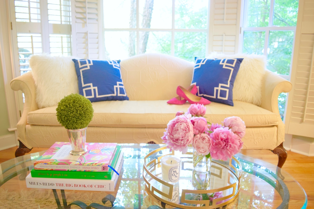Preppy summer decor and fashion lilly pulitzer pink blog for Preppy home decor